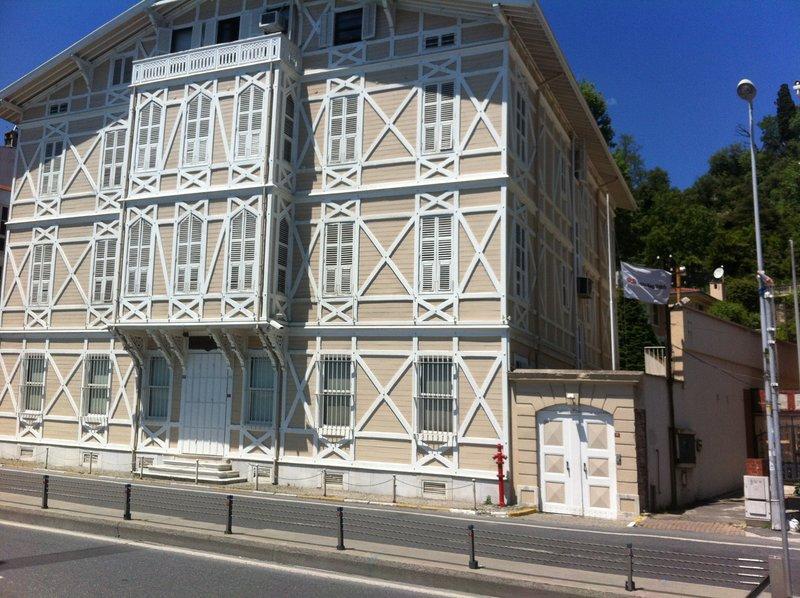 large_Istanbul_-..berk_Museum.jpg
