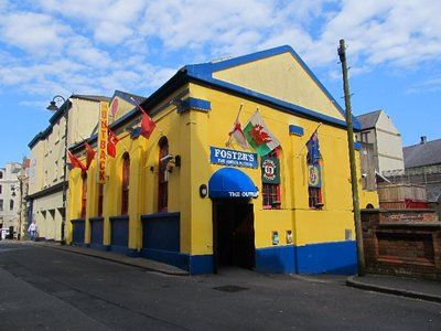 The colourful Australian Outback Hotel on the Isle of Man