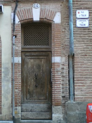 Toulouse door