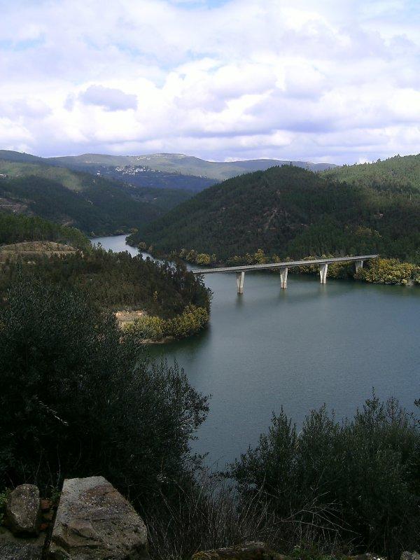 Alvaro dam