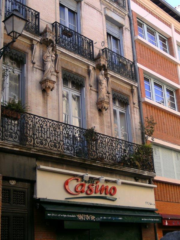 Toulouse apartment building