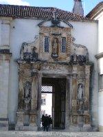 Entrance to library praça
