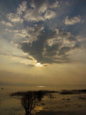 Lago de Atitlan, Guatemala -  Dawn at Atitlan