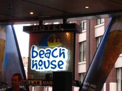 The Beach House - live music