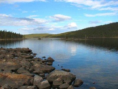 Lake_Inari..nland_3.jpg