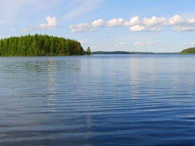 Lake_Saimaa__Finland.jpg