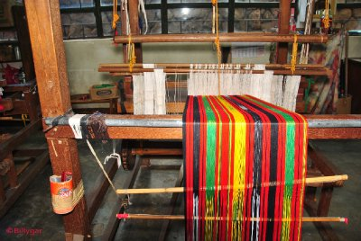 Wooden weaving machine
