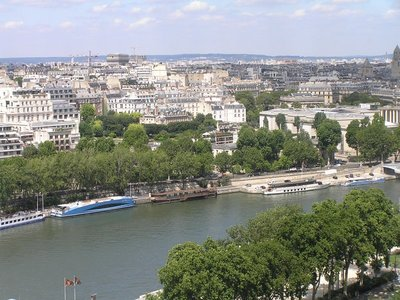 Paris_from..e_Tower.jpg