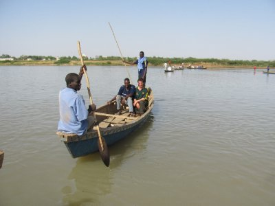 On the river border between Cameroon and Chad