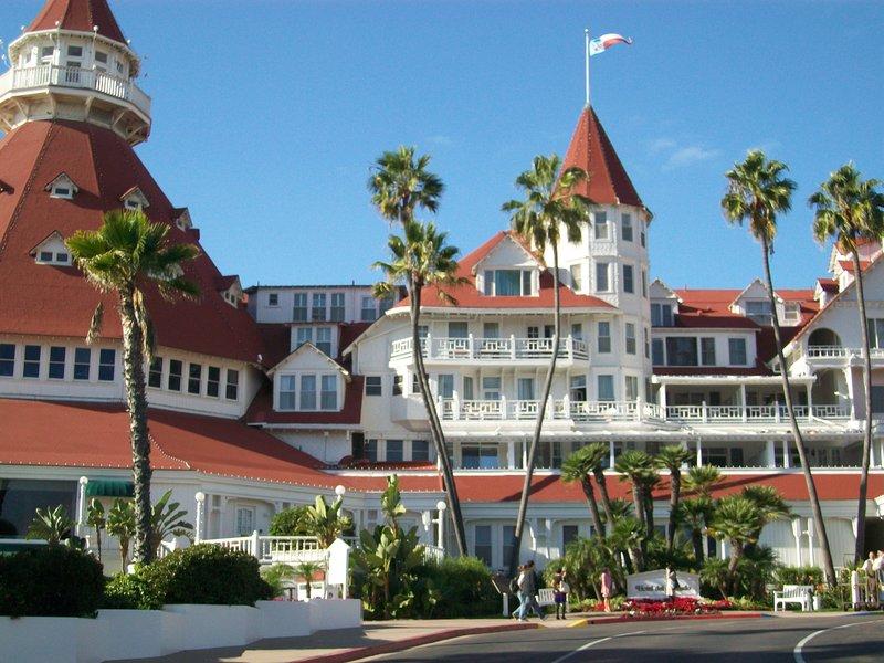Coronado Island - Hotel Del Coronado