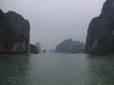 Halong Bay boat trip (3)
