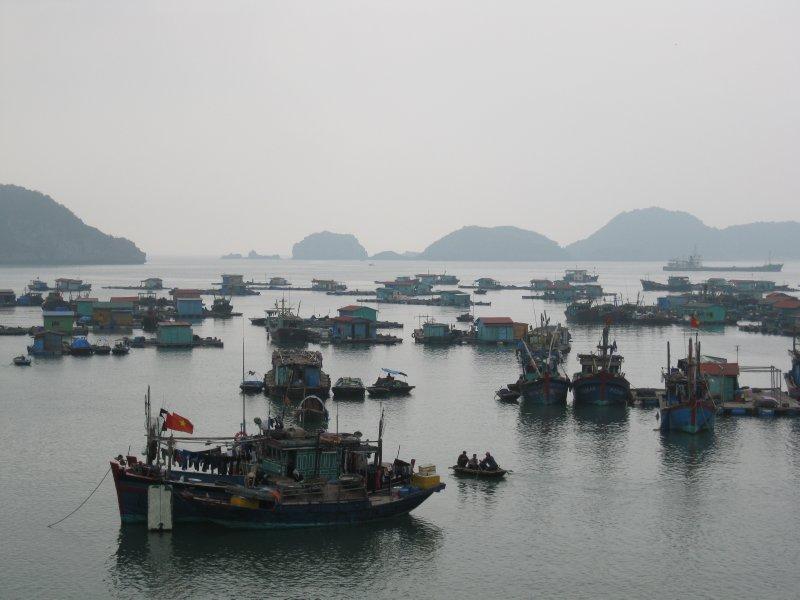 Halong Bay boat trip (15)