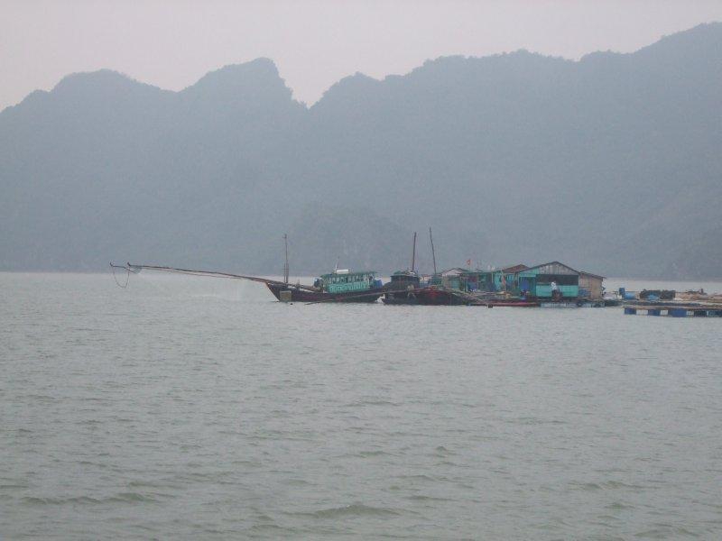 Halong Bay boat trip (8)