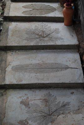 Forseggjort trapp ned til der vi bor :-)