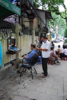 Et vanlig syn i Hanois gater :-)