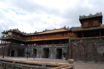 Hovedinngangen til citadellet; der kun kongelige fikk passere :-)
