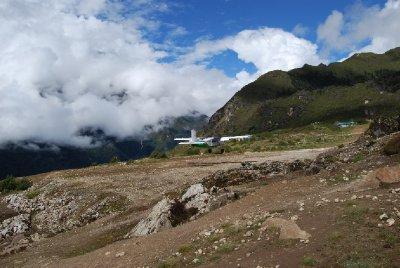 Fly inn for landing i Namche :-)