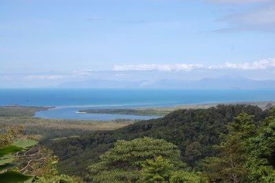 Cape tribulution....eller cape trøbbel som kaptein cook døpte stedet etter å ha grunnstøtt på koralrevet :-)