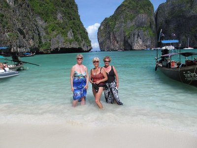 us in maya  bay