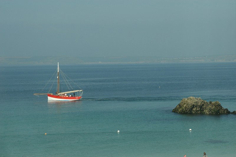 St Ives Bay, Porthgwidden Beach