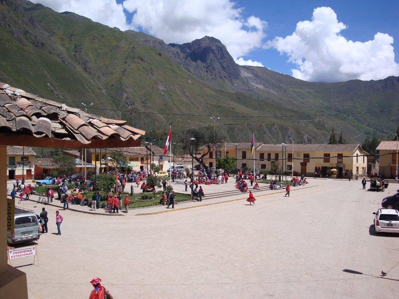 Ollantaytambo village square