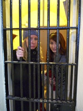 Yoselien and Kristyna in a cell