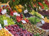 Fruit market - Kadikoy (Istanbul), Turkey