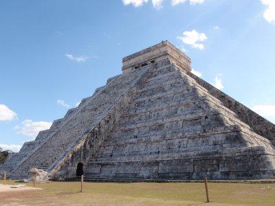 Chichen Itza 6 big pyramid