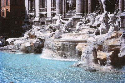 Trevi_Fountain__Rome.jpg