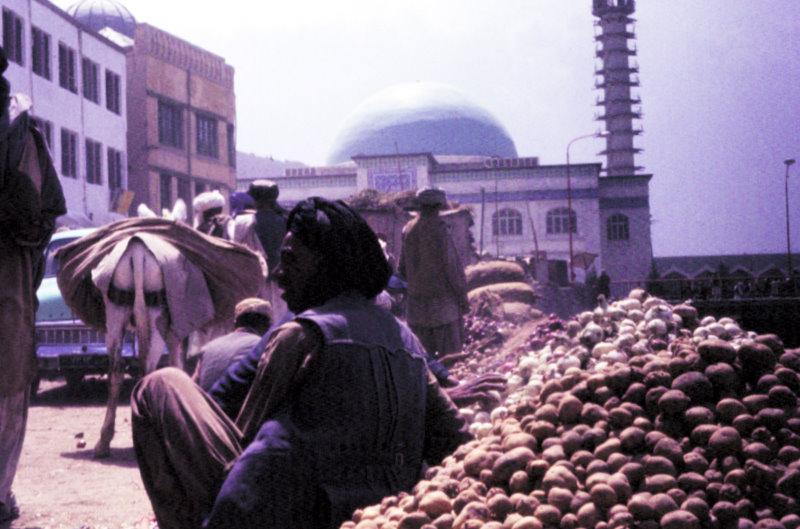 Market street  near Pul-e Khishti Mosque