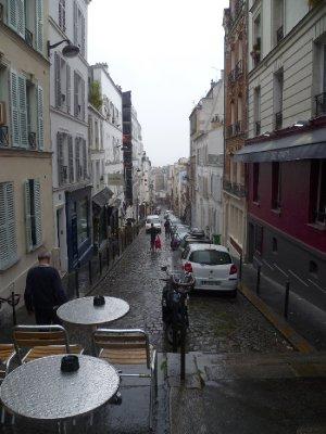 0A_Montmartre_street.jpg