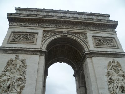 60The_Arc_de_Triomphe.jpg