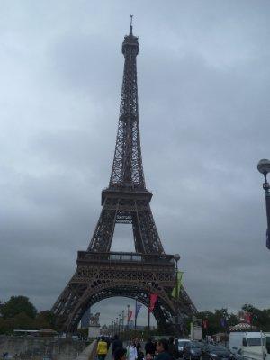 9The_Eiifel_Tower.jpg