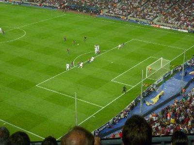 A David Villa free kick