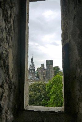 Cardiff_Castle.jpg