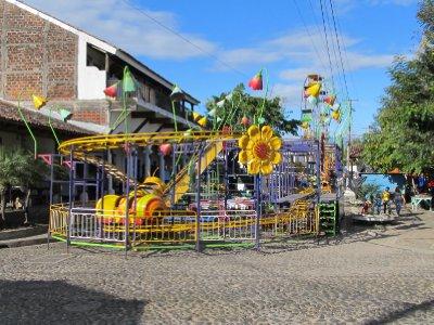 Ferris wheel in Suchitoto