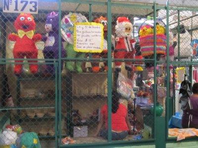 Piñatas on Izalco market