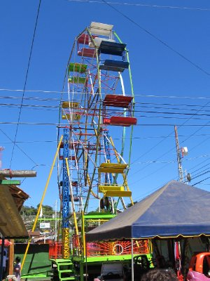 Ferris wheel in Ataco