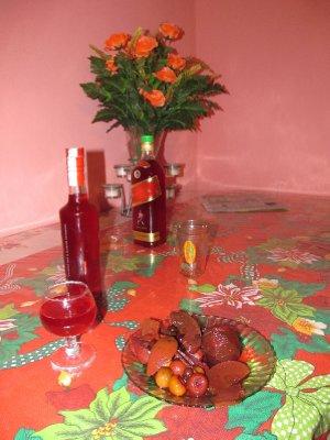 Caldo de frutas and the alcohol-soaked fruits