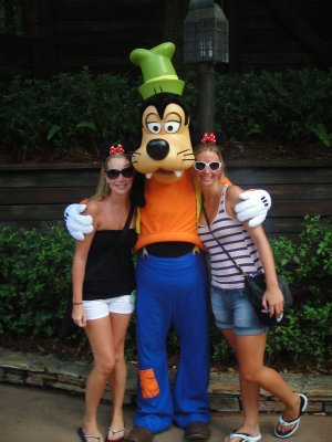 TASHLEY AND GOOFY