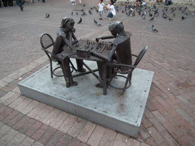 Metal art chess players