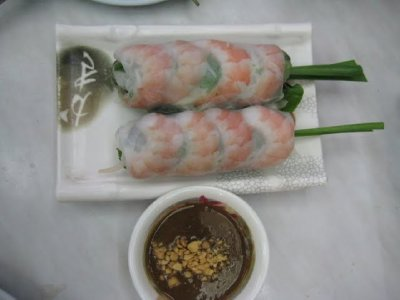 ly cong summer rolls - first night