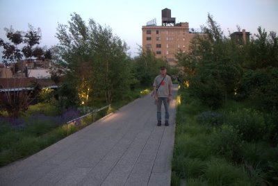 dan on the highline. yep, those are trees!