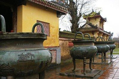 Hué Citadel - Dynastic Urns