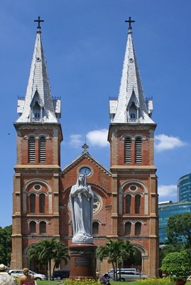 Ho Chi Minh City - Cathedral of Notre Dame and Statue of the Virgin Mary