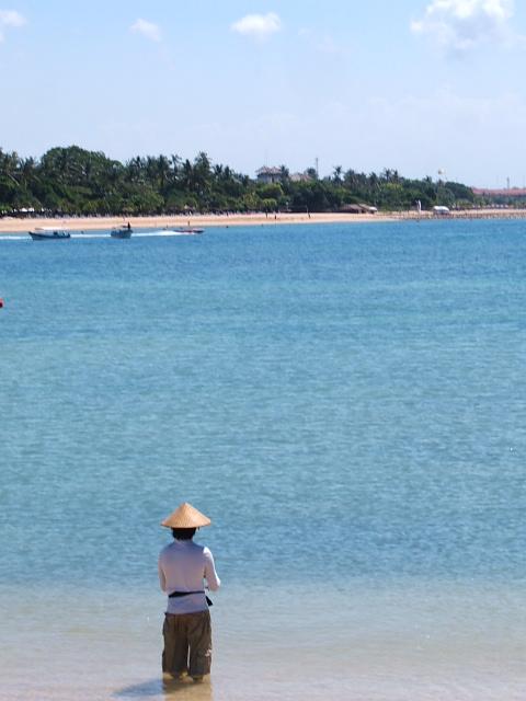 Bali - Nusa Dua - Beach - Fisherman