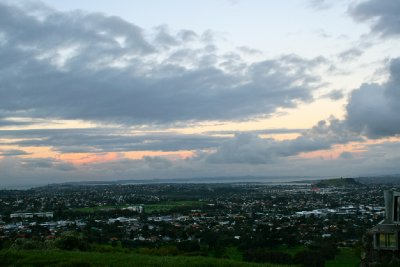 Sun set over Auckland from one tree hill