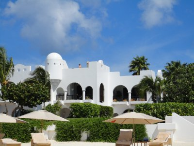 2600 dollar villa