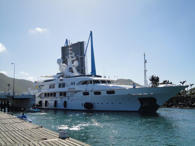 båten min passerer brua3