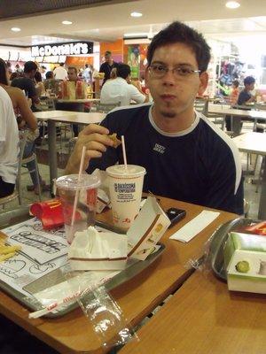 Tiago_McDonalds.jpg